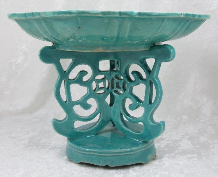 Chinese Turquoise Porcelain Fruit Altar - Tazza
